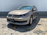 Foto venta Auto usado Volkswagen Vento Comfortline (2018) color Beige Metalico precio $195,000