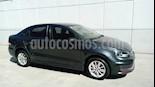 Foto venta Auto Seminuevo Volkswagen Vento Comfortline (2017) color Gris precio $185,000