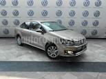 Foto venta Auto Seminuevo Volkswagen Vento Highline (2017) color Beige Metalico precio $199,000