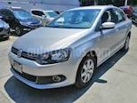 Foto venta Auto usado Volkswagen Vento Highline (2014) color Plata precio $149,000