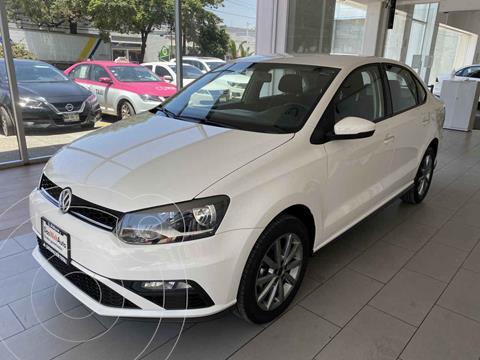Volkswagen Vento Comfortline Plus Aut usado (2020) color Blanco precio $285,000