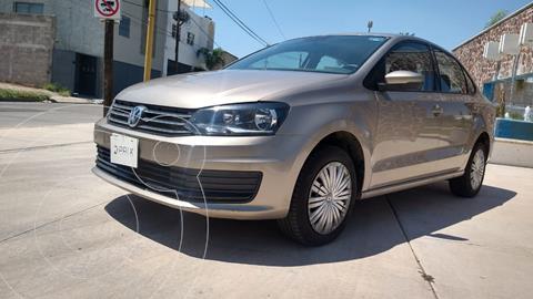 Volkswagen Vento Startline Aut usado (2020) color Beige Metalico precio $215,000
