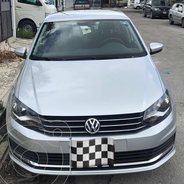 Volkswagen Vento Comfortline usado (2018) color Plata precio $177,000