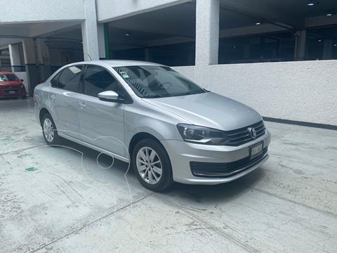 Volkswagen Vento Comfortline usado (2017) color Plata Dorado precio $164,900