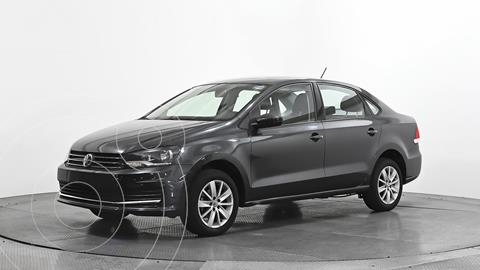 Volkswagen Vento Comfortline usado (2020) color Gris Oscuro precio $220,000
