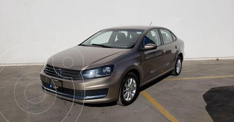 foto Volkswagen Vento Comfortline usado (2019) color Beige precio $166,900