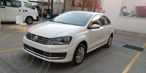Volkswagen Vento Comfortline Aut usado (2019) color Blanco precio $205,000