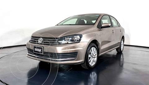 Volkswagen Vento Comfortline Aut usado (2016) color Dorado precio $162,999