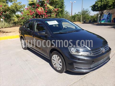 Volkswagen Vento Startline Aut usado (2019) color Gris precio $165,000