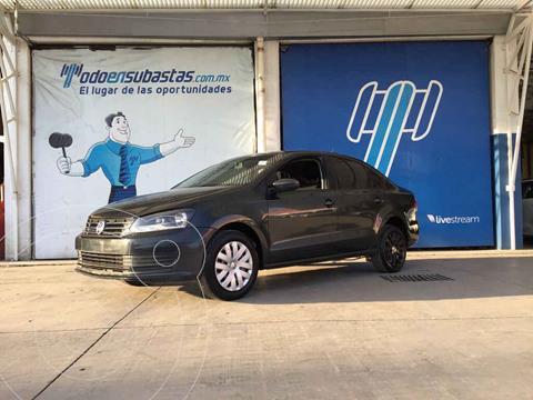 Volkswagen Vento Startline usado (2018) color Gris precio $65,000
