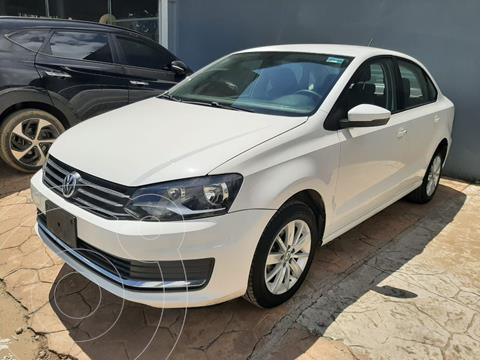 Volkswagen Vento Comfortline usado (2016) color Blanco precio $175,000