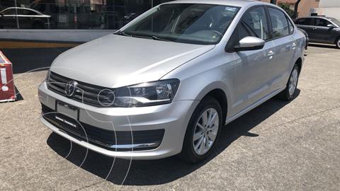 foto Volkswagen Vento Comfortline Aut usado (2019) color Plata precio $212,000