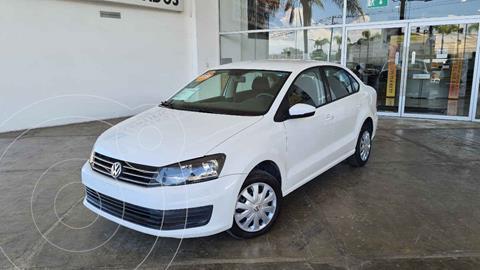 Volkswagen Vento Startline Aut usado (2019) color Blanco precio $210,000