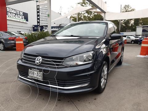Volkswagen Vento Comfortline usado (2016) color Gris Carbono precio $152,000