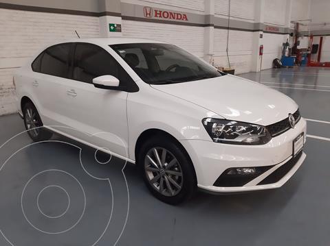Volkswagen Vento Comfortline Aut usado (2020) color Blanco precio $273,000