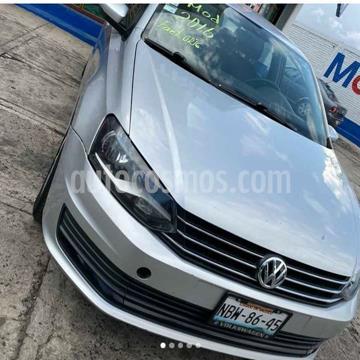 Volkswagen Vento Comfortline usado (2017) color Plata precio $125,000