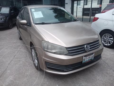 Volkswagen Vento Comfortline Aut usado (2016) color Bronce financiado en mensualidades(enganche $16,990 mensualidades desde $5,435)
