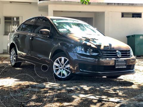 Volkswagen Vento Comfortline usado (2018) color Marron precio $205,000