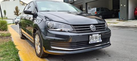 Volkswagen Vento Comfortline Tiptronic usado (2018) color Gris Carbono precio $226,000