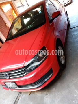 Volkswagen Vento Comfortline usado (2016) color Rojo Flash precio $160,000
