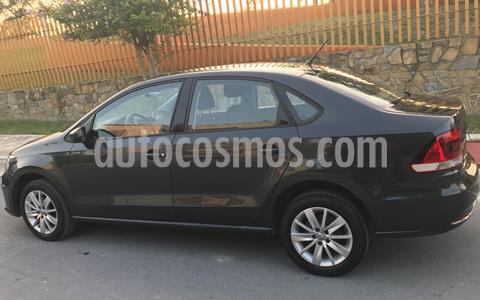 Volkswagen Vento Comfortline usado (2017) color Gris Carbono precio $158,000