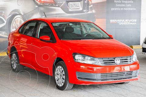 Volkswagen Vento Startline Aut usado (2018) color Rojo precio $170,000