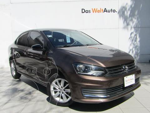 Volkswagen Vento Comfortline usado (2017) color Marron precio $169,000