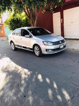 Volkswagen Vento Comfortline Aut usado (2017) color Plata precio $122,000