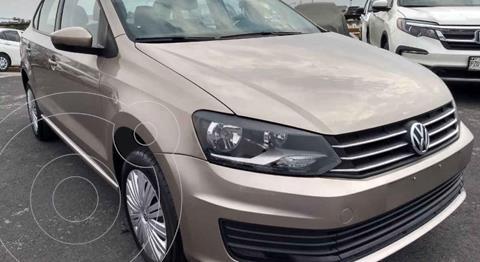 Volkswagen Vento Comfortline Aut usado (2020) color Bronce financiado en mensualidades(enganche $43,000 mensualidades desde $4,673)