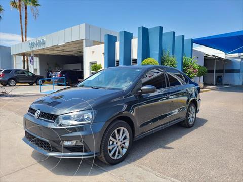 Volkswagen Vento Comfortline Tiptronic usado (2020) color Gris Oscuro precio $250,000