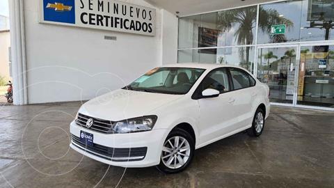 Volkswagen Vento Comfortline Aut usado (2019) color Blanco precio $220,000