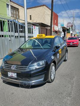 Volkswagen Vento Comfortline usado (2017) color Negro precio $135,000