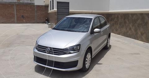 Volkswagen Vento Startline Aut usado (2020) color Plata Dorado precio $197,900
