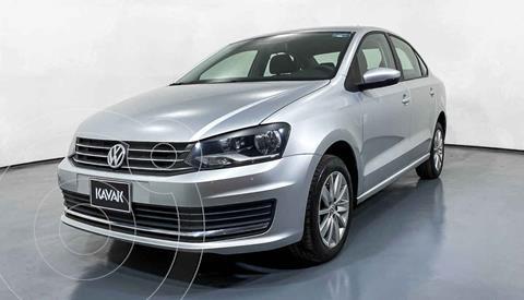 Volkswagen Vento Comfortline Aut usado (2019) color Plata precio $197,999