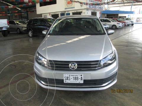 Volkswagen Vento Comfortline Aut usado (2019) color Gris precio $235,000