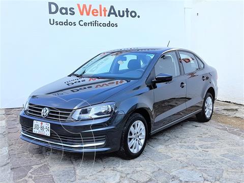 Volkswagen Vento Comfortline usado (2018) color Gris precio $195,000