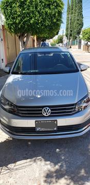 Volkswagen Vento Comfortline usado (2019) color Gris Carbono precio $193,500