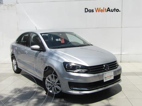 Volkswagen Vento Comfortline usado (2020) color Plata Reflex precio $245,000