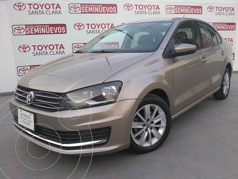 foto Volkswagen Vento Comfortline usado (2017) color Beige precio $165,000