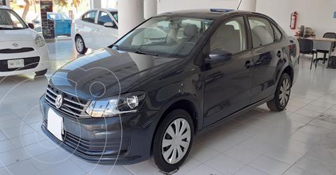 Volkswagen Vento Startline Aut usado (2020) color Gris precio $209,890
