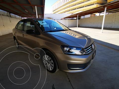 Volkswagen Vento Startline Aut usado (2018) color Bronce precio $185,000