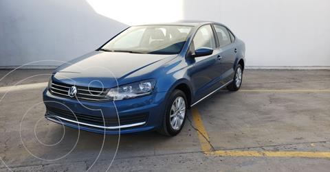 foto Volkswagen Vento Comfortline usado (2019) color Azul precio $159,900