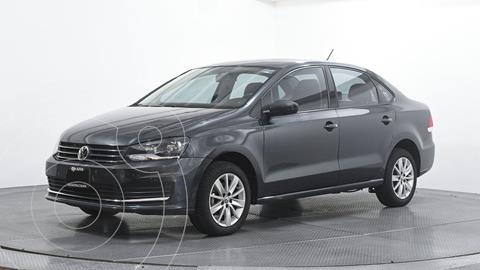 Volkswagen Vento Comfortline usado (2018) color Gris Oscuro precio $172,810