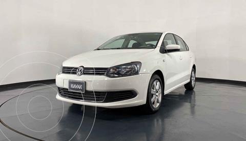 Volkswagen Vento Active Aut usado (2014) color Blanco precio $147,999