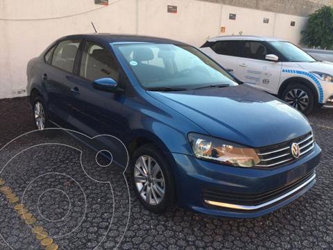 Volkswagen Vento Comfortline usado (2018) color Azul Acero precio $195,000