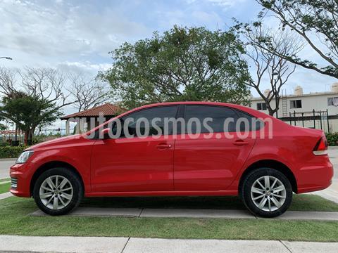 Volkswagen Vento Comfortline usado (2017) color Rojo Flash precio $170,000