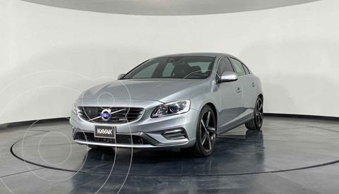 Volvo S60 T6 R Design Designers Selection AWD Aut usado (2014) color Blanco precio $297,999