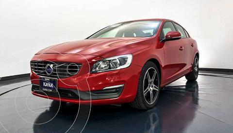 Volvo S60 T4 Sport Aut usado (2016) color Rojo precio $277,999