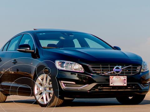 Volvo S60 2.0L T4 Momentum  usado (2018) color Negro precio u$s25,990