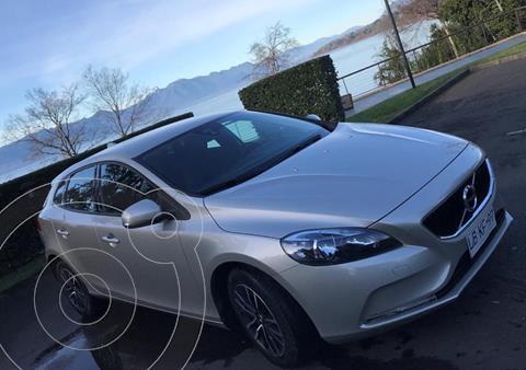 Volvo V40 2.0L D2 Comfort Aut usado (2019) color Blanco precio $16.500.000